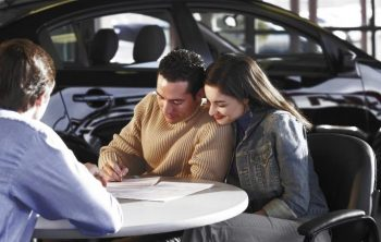 What place ha the best car refinance rates options
